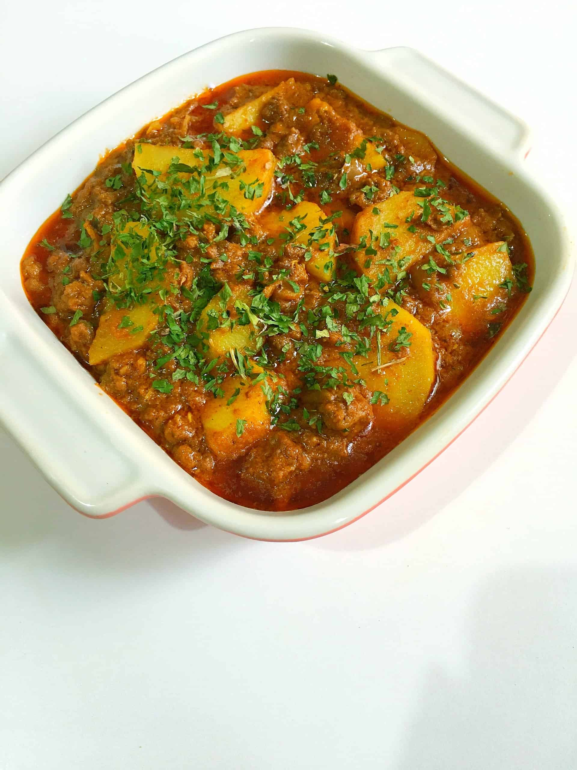 Aloo Keema - Minced Lamb and Potato curry @ fatimacooks.net
