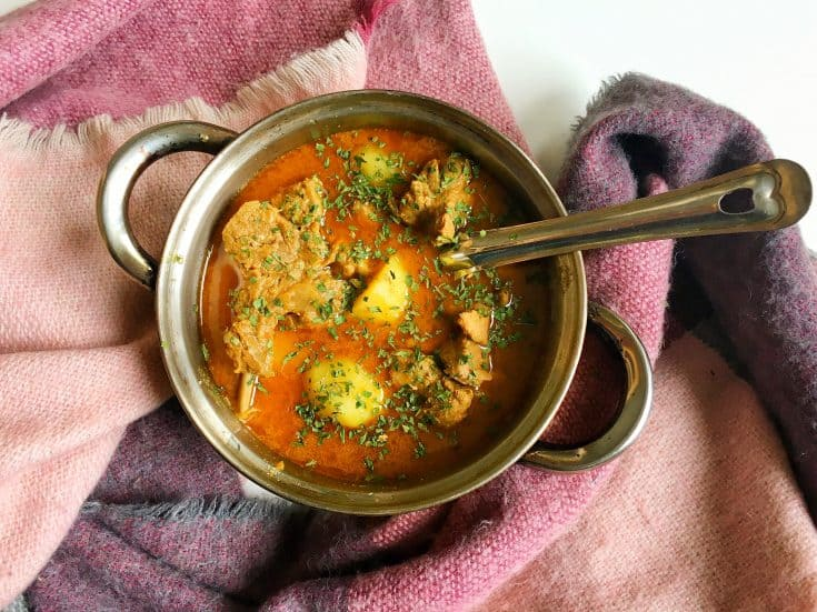 Aloo Gosht (Method 1) - Pakistani Lamb and Potato Curry