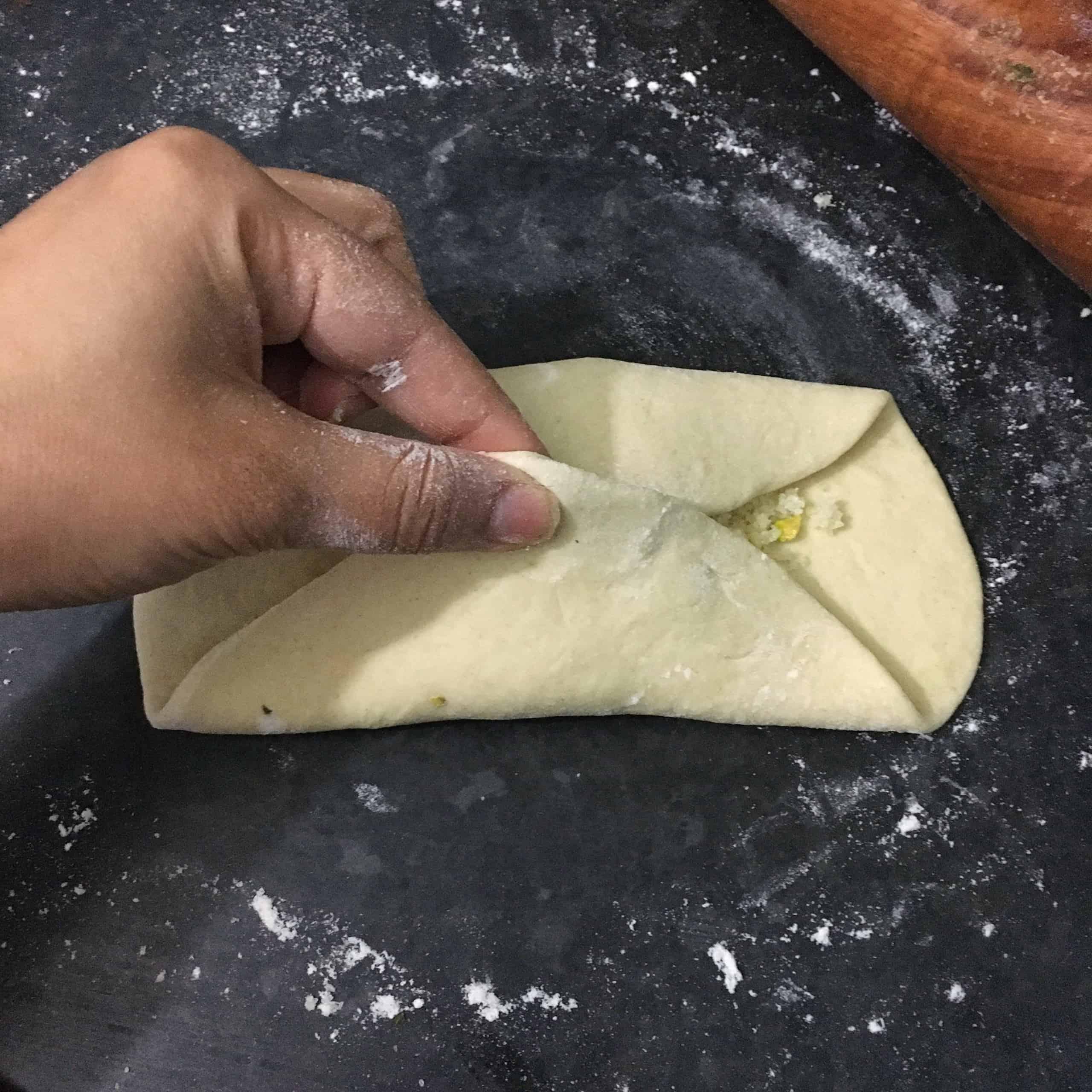 Peshwari Naan Recipe | Sweet Coconut Stuffed Naan Bread